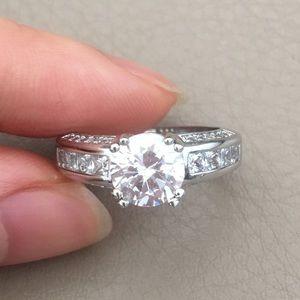 Jewelry - Brand new ring - Diameter 1.6cm